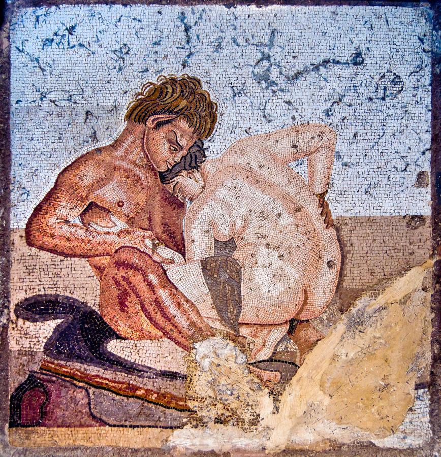Mosaico de contenido erotico