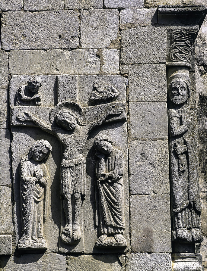 Relieve de la Crucifixion en la ermita de Tablares