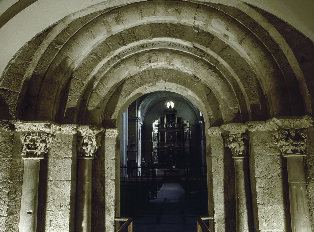 SanZoilo 02Portada de la primitiva iglesia del monasterio de San Zoilo en Carrión de los Condes